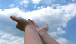 sky hands