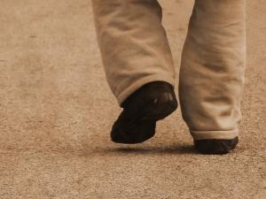 1418812_walking_away
