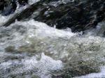 gushing-river-1092683-m